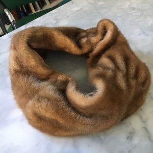 Calvin Klein tan faux fur neck collar scarf